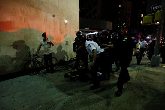 اعتداءات الشرطة فى نيويورك