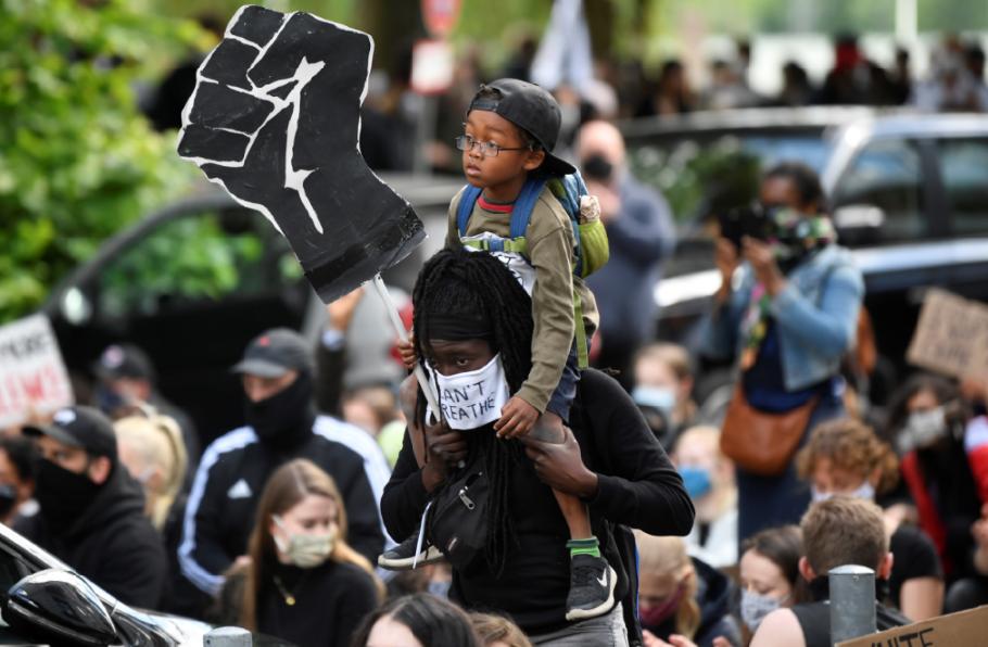 احتجاجات ضد العنصرية فى أمريكا