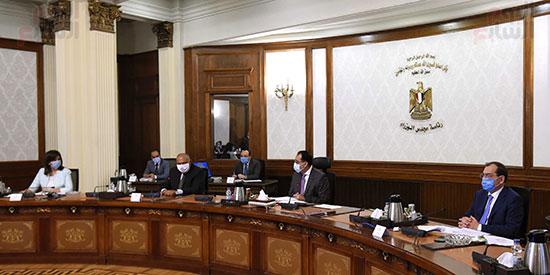 اجتماع المجموعة الاقتصادية  (3)