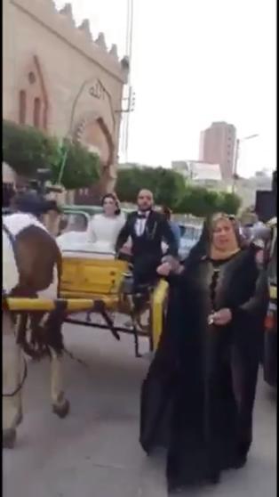 حفل زفاف بـكارتة ودى جى فى شوارع زفتى رغم تحذيرات كورونا (3)