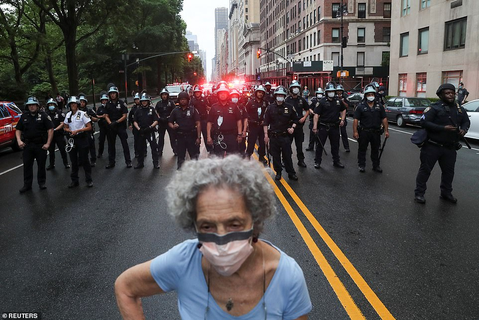 29284732-8393847-NEW_YORK_CITY_In_the_Big_Apple_there_was_a_heavy_police_presence-a-13_1591416764854