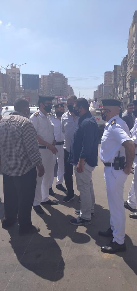 حملة مكبرة لإزالة ورفع الإشغالات بشارع الجلاء فى طنطا (5)