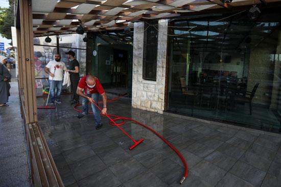 إعادة فتح المقاهى والفنادق الأردنية