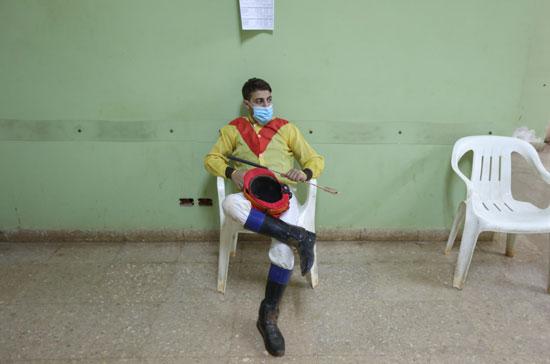 فارس ينتظر انطلاق السباق