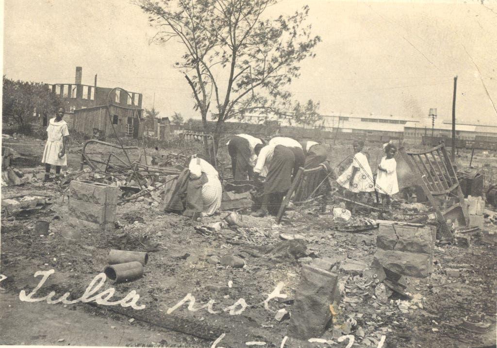 صورة لأحد المنازل المخرّبة بتلسا