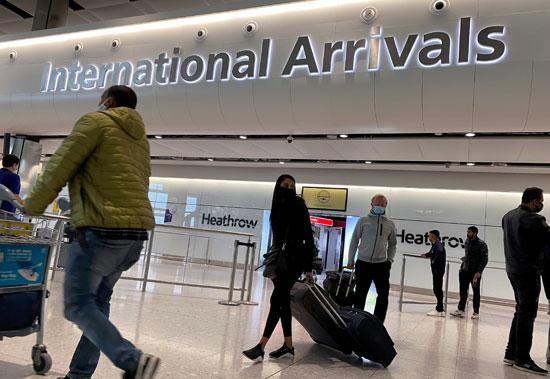 الركاب بمطار هيثرو