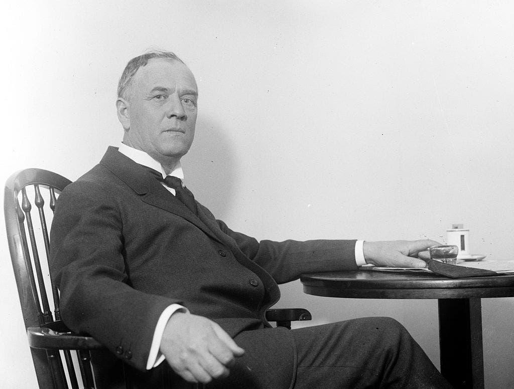 جيمس روبرتسون حاكم ولاية أوكلاهوما