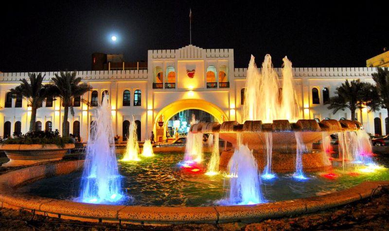 باب البحرين من أشهر المعالم السياحية فى البحرين
