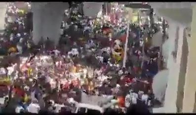 عشرات الألاف فى شوارع أثيوبيا