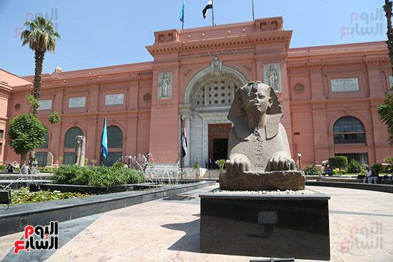 فتح المتحف امام الزوار  (4)