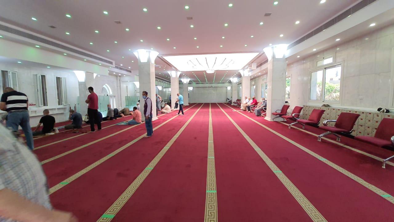 التباعد داخل المسجد