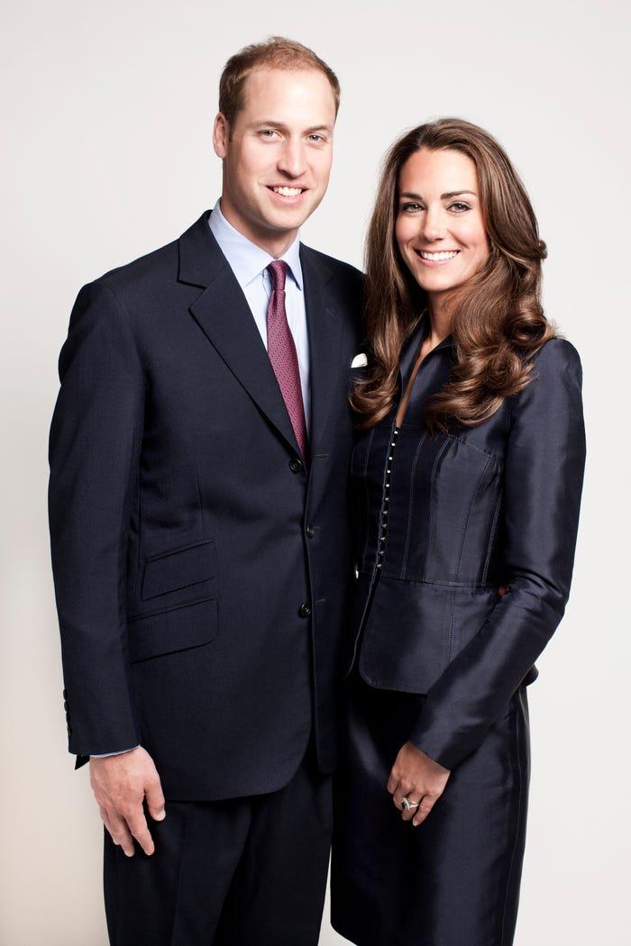 ارتدى الأمير وليام وكيت ميدلتون بذلات سوداء