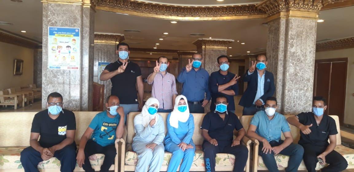 خروج آخر 15 حالة من نزل الشباب بالطود بعد شفاؤهم من كورونا 3
