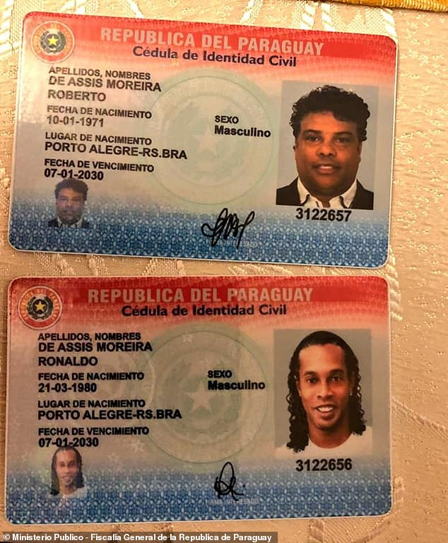 26926758-8401879-Ronaldinho_and_his_brother_allegedly_attempted_to_get_into_Parag-a-15_1591711445799