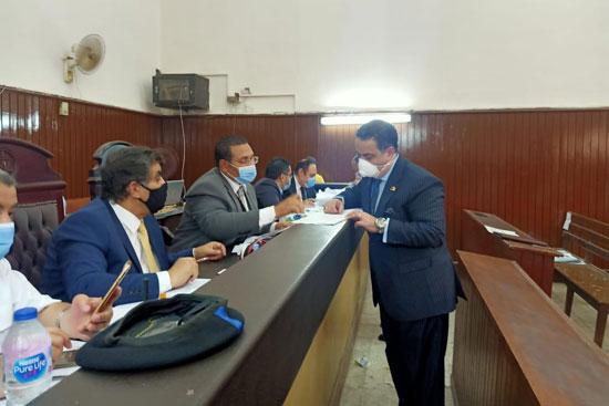 تلقى طلبات الترشح لمجلس الشيوخ (3)
