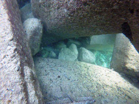 حواجز-الامواج-أسفل-شاطئ-النخيل-(2)