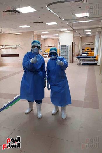 الأطقم الطبية بعزل بلطيم يواصلون العمل لخدمة حالات كورونا (5)