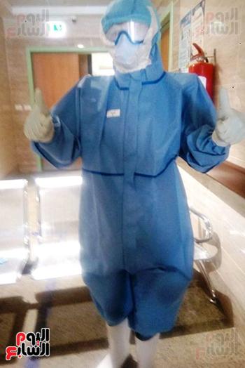 الأطقم الطبية بعزل بلطيم يواصلون العمل لخدمة حالات كورونا (12)