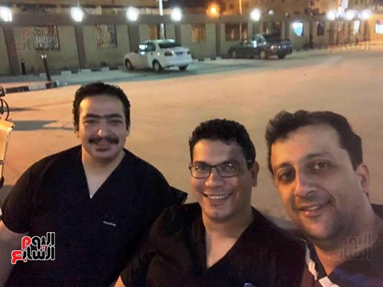 الأطقم الطبية بعزل بلطيم يواصلون العمل لخدمة حالات كورونا (20)
