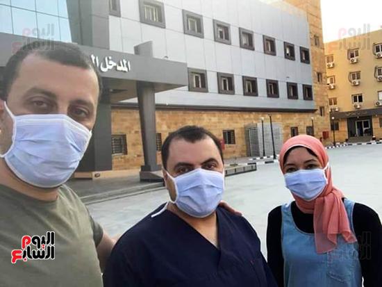 الأطقم الطبية بعزل بلطيم يواصلون العمل لخدمة حالات كورونا (21)