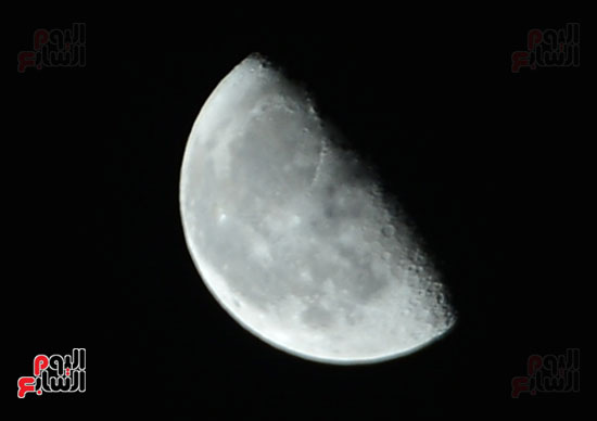 القمر قرب كوكب المريخ  (10)