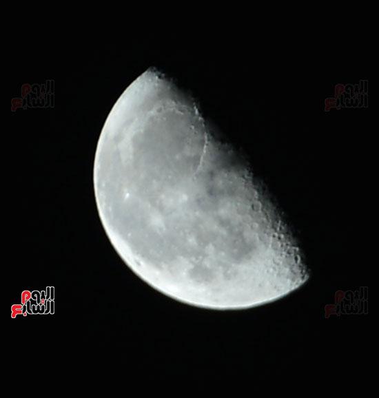 القمر قرب كوكب المريخ  (8)