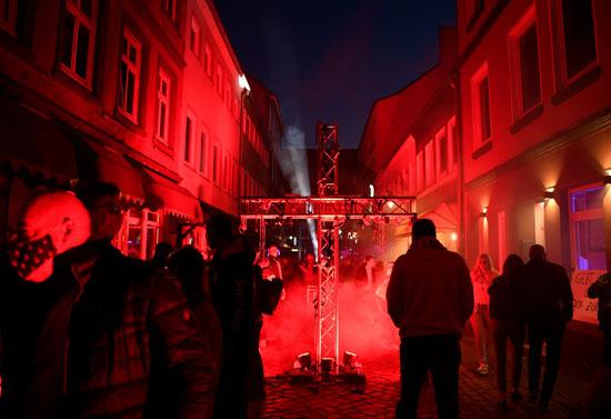 مسيرة فى ألمانيا لإعادة فتح بيوت الدعارة