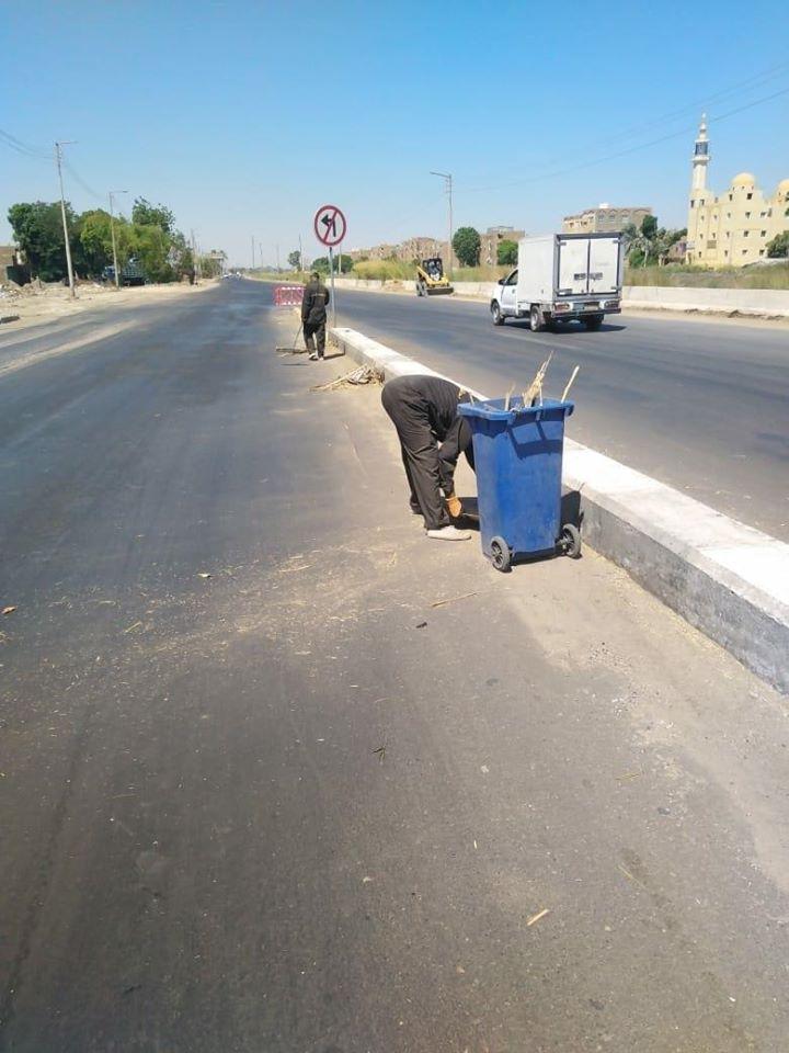 رئيس مدينة البياضية يعلن رفع 23 طن مخلفات وقمامة خلال 24 ساعة (1)