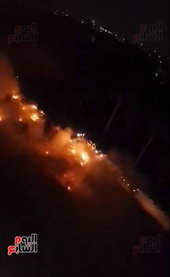 حريق بجوار كلية الزراعة (4)