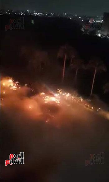 حريق بجوار كلية الزراعة (2)