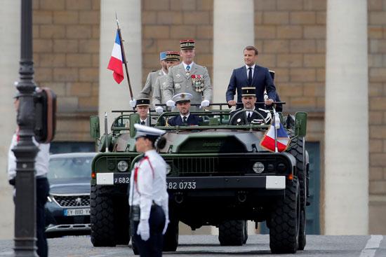 الرئيس الفرنسى يصل إلى مقر اقامة العروض