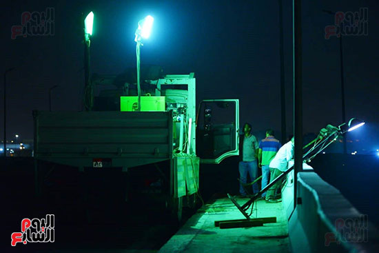 أعمال الإصلاح والصيانة لموقع حريق خط بترول الإسماعيلية الصحراوى (12)