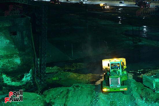 أعمال الإصلاح والصيانة لموقع حريق خط بترول الإسماعيلية الصحراوى (13)