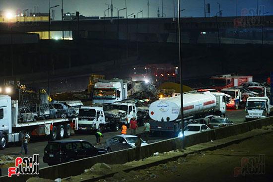 أعمال الإصلاح والصيانة لموقع حريق خط بترول الإسماعيلية الصحراوى (6)