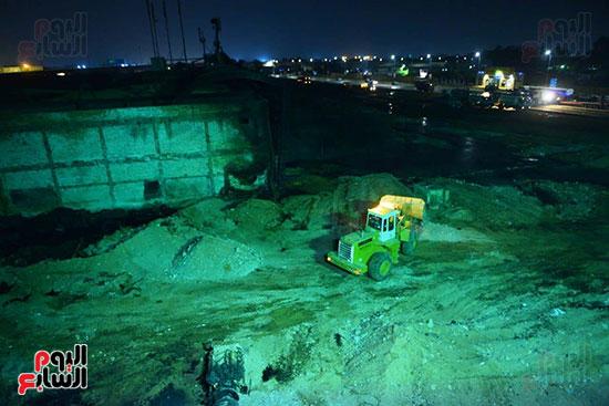 أعمال الإصلاح والصيانة لموقع حريق خط بترول الإسماعيلية الصحراوى (9)