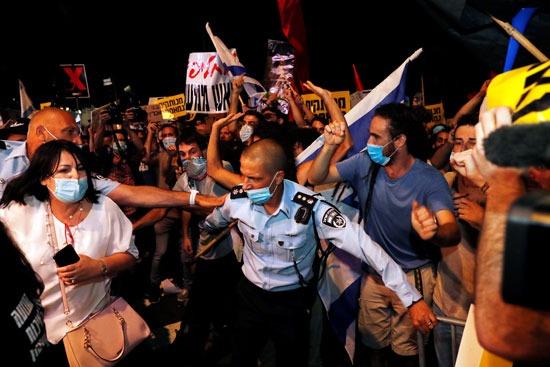 المتظاهرون ضد نتنياهو