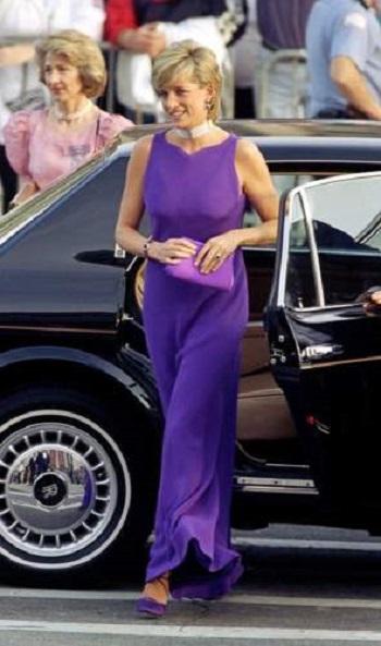 فستان من اللافندر