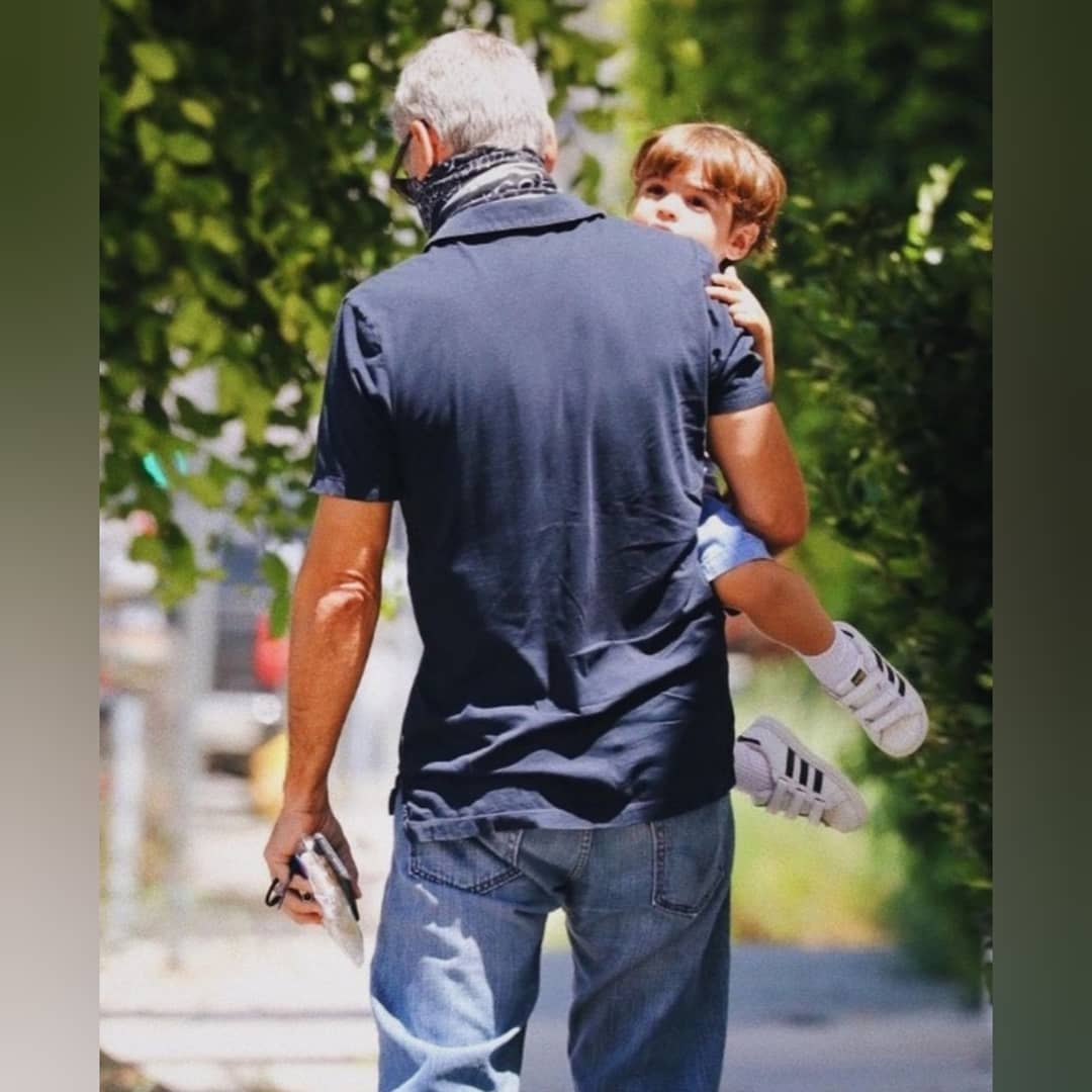 أحدث ظهور جورج كلونى مع أبنة أليكساندر في لوس أنجلوس  (1)