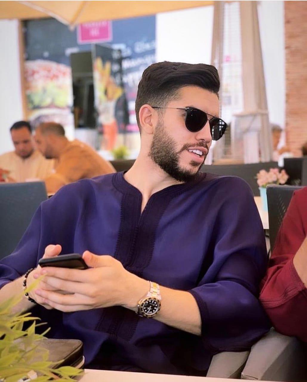 أزارو بالزي المغربي