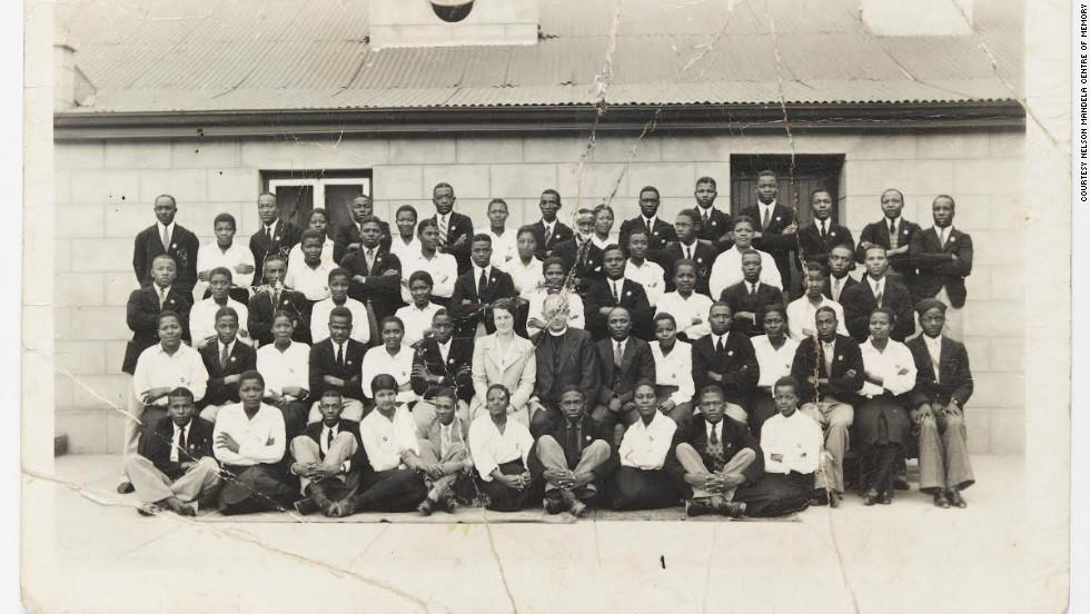 صورة نادرة لمانديلا أثناء دراسته للقانون