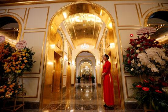 افتتاح فندق فخم فى فيتنام مطلى بالذهب عيار 24