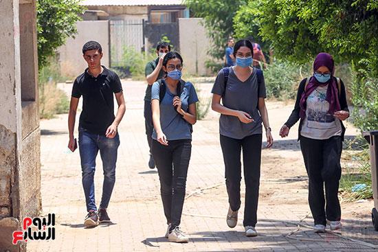 خروج الطالبات