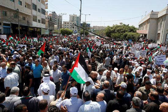 جانب من الاحتجاجات الفلسطينية على خطة ضم اسرائيل لمناطق من الضفة الغربية
