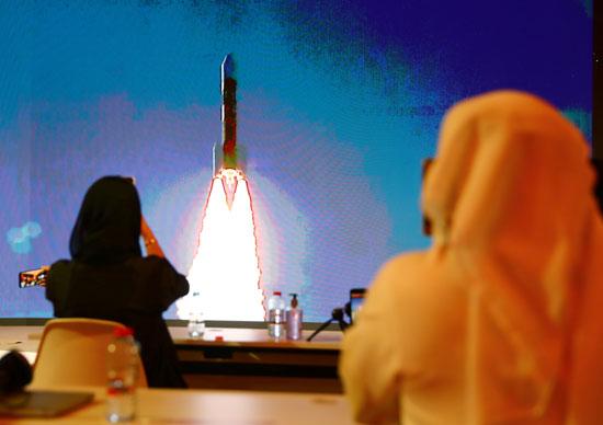 خروج الصاروخ من منصة الاطلاق