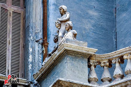تماثيل قصر السكاكيني