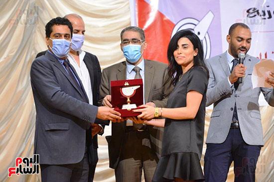 اليوم السابع تتسلم جوائز الصحافة المصرية  (15)