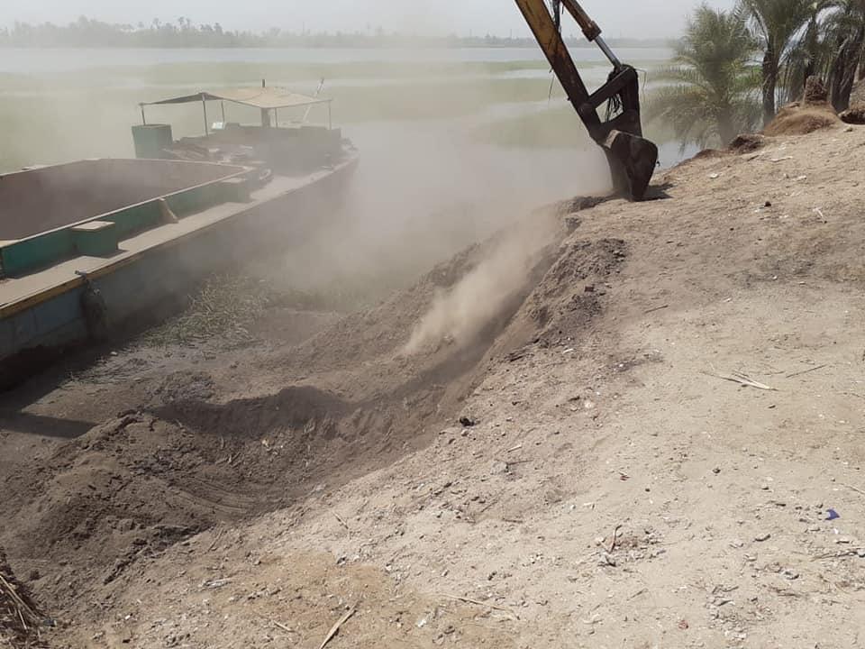 إزالة 31 حالة تعد تشمل مبانى وأسوار على حرم نهر النيل فى الأقصر (5)