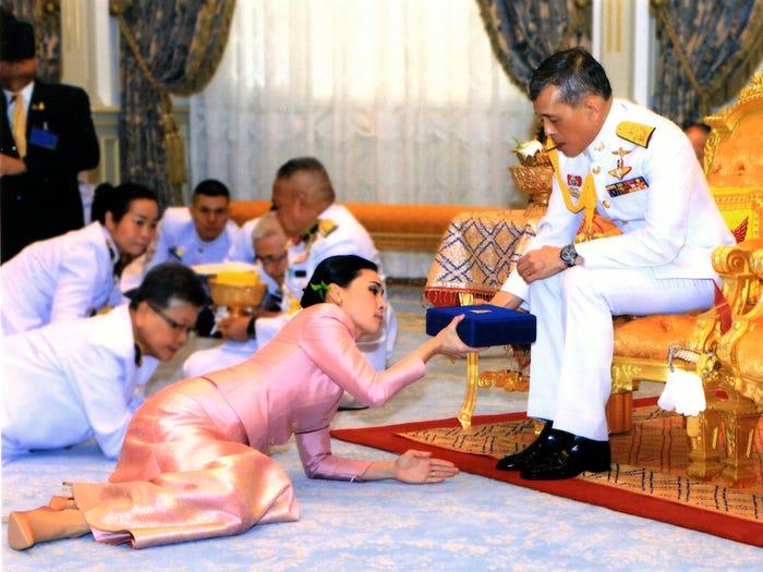 ملكة تايلاند وزوجها