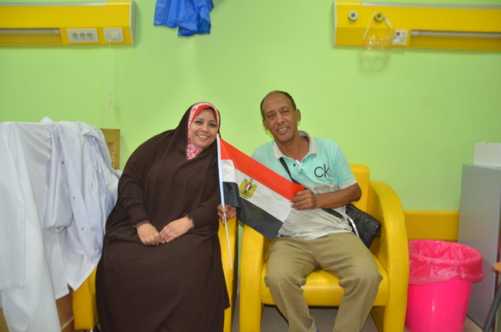 فاطمة كرم عبد الظاهر مسئولة العينات وتحليل الـPCR بطلة الأرقام القياسية  (2)