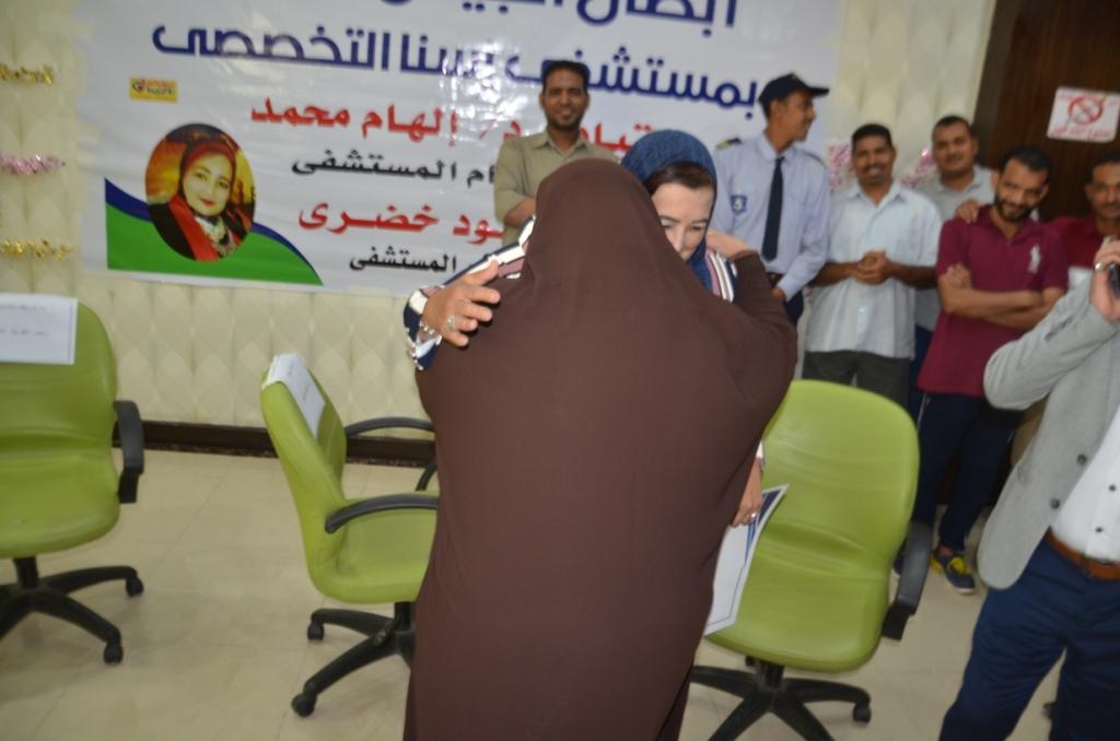 فاطمة كرم عبد الظاهر مسئولة العينات وتحليل الـPCR بطلة الأرقام القياسية  (6)